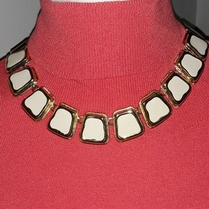 1980's Vintage cream and gold necklace